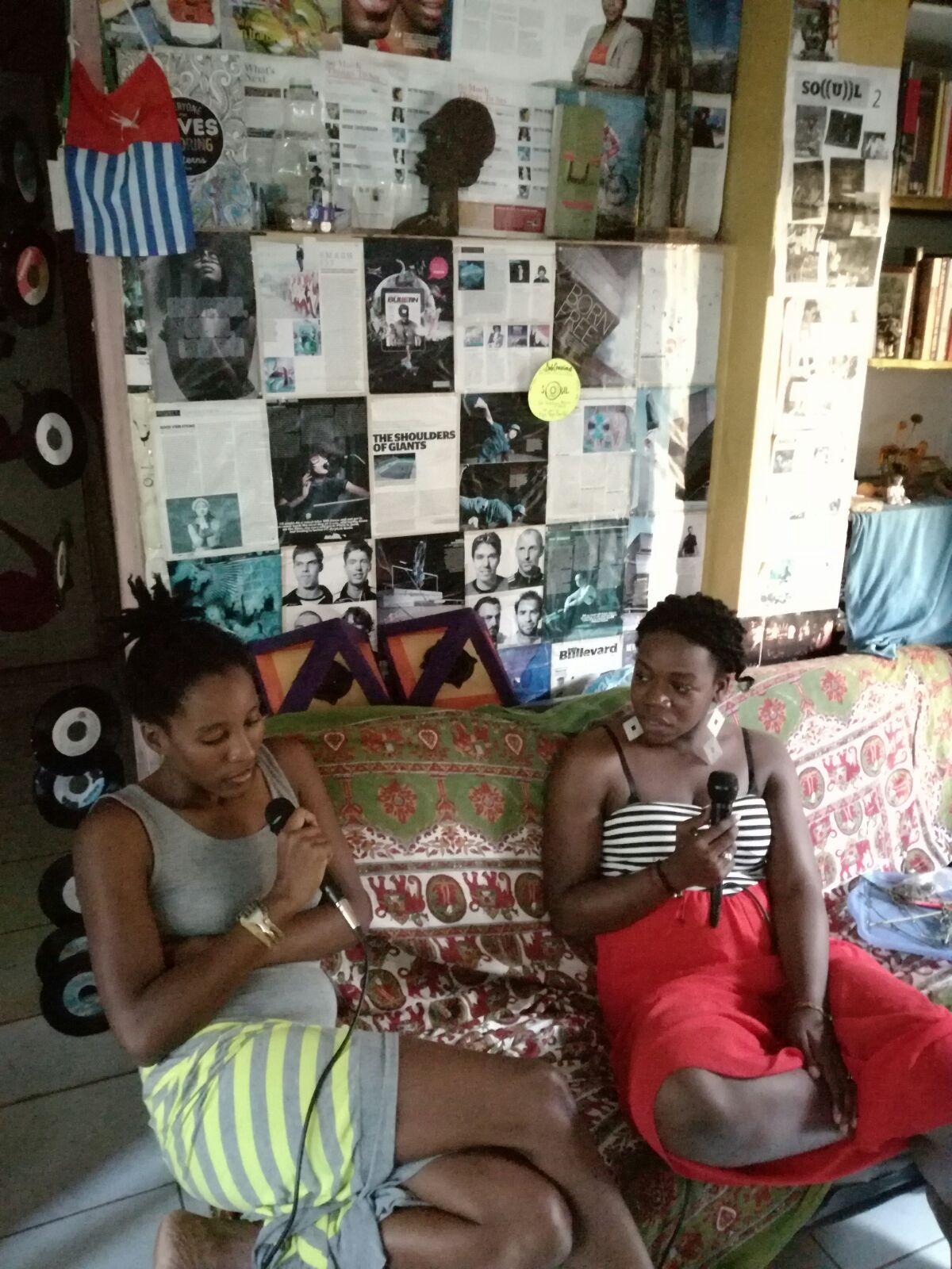 Isabel speaks with Lehna